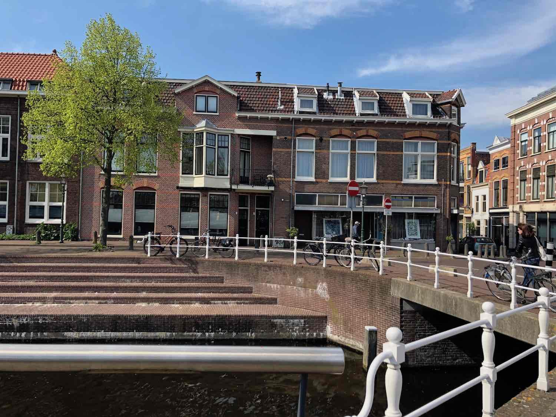 Wonen aan het water in de Burgwalbuurt in Haarlem
