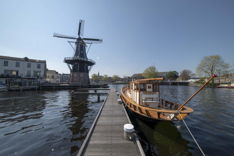 Molen de Adriaan Binnen Spaarne Haarlem Oost en Centrum