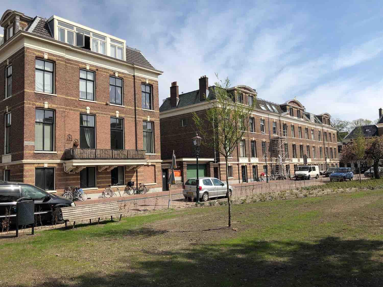 Het befaamde park in het Florapark in het Haarlemmerhoutkwartier in Haarlem