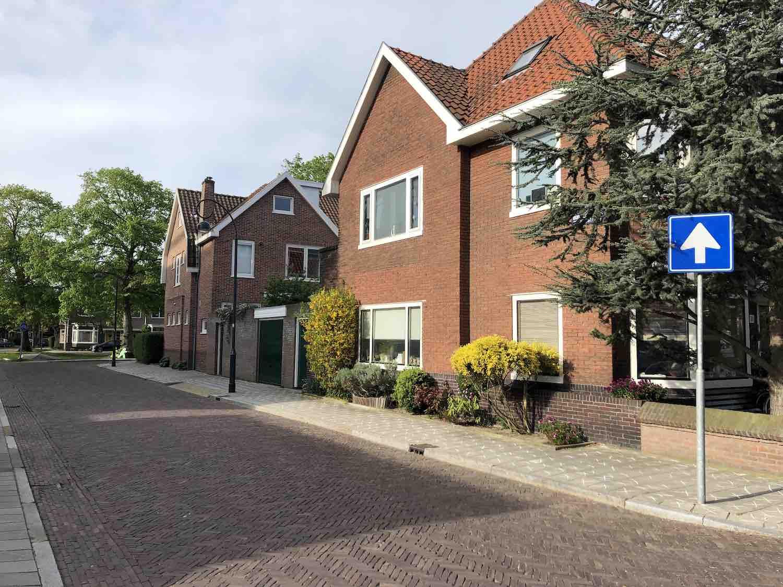 Grote koopwoningen en huurwoningen in het Garenkokerskwartier in het Zijlwegkwartier in Haarlem zuidwest