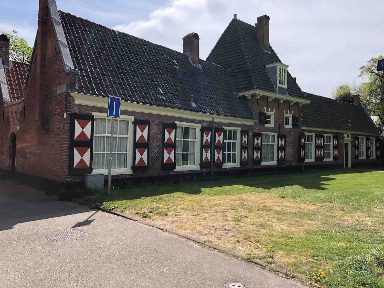 Huren op je oude dag aan de Haarlemmer Hout in Haarlem.