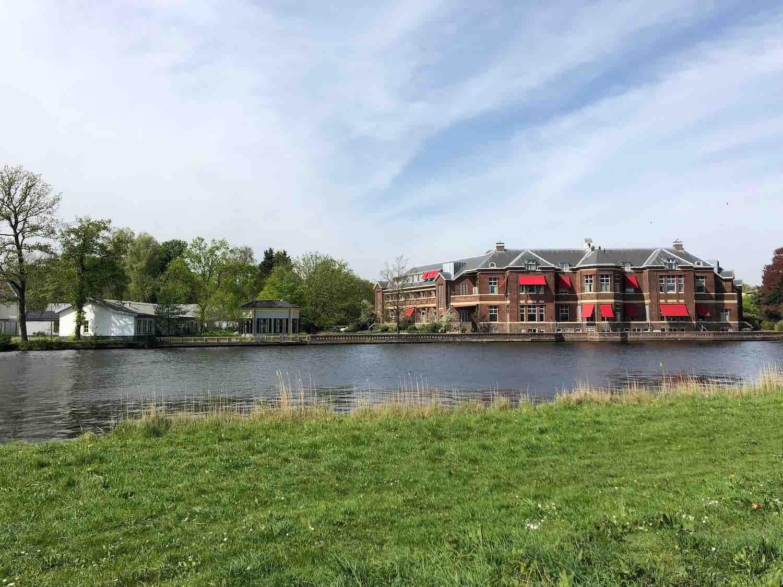 Uitzicht vanuit de koopwoningen in het Haarlemmerhoutkwartier