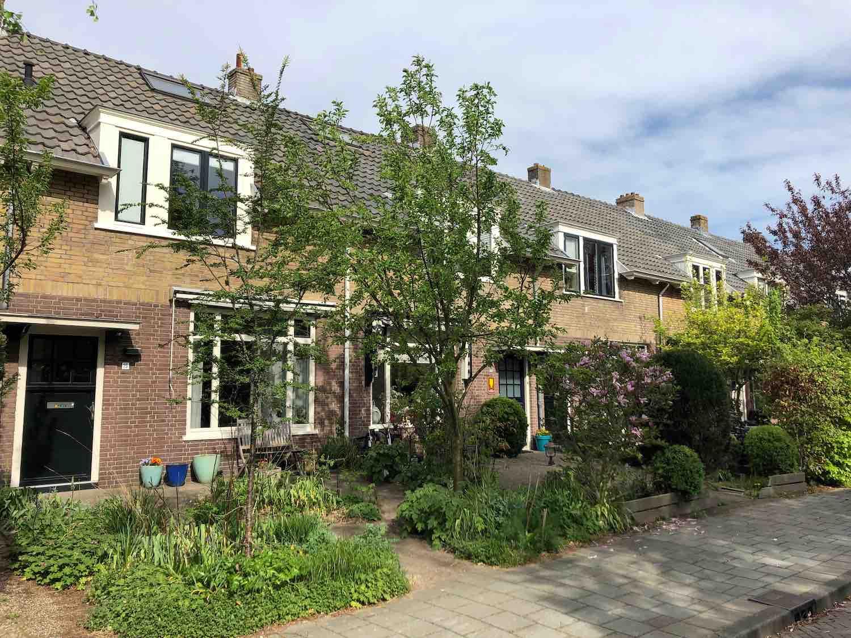 Klassieke arbeiderswoningen in het westelijke deel van het Houtvaartkwartier in Haarlem.