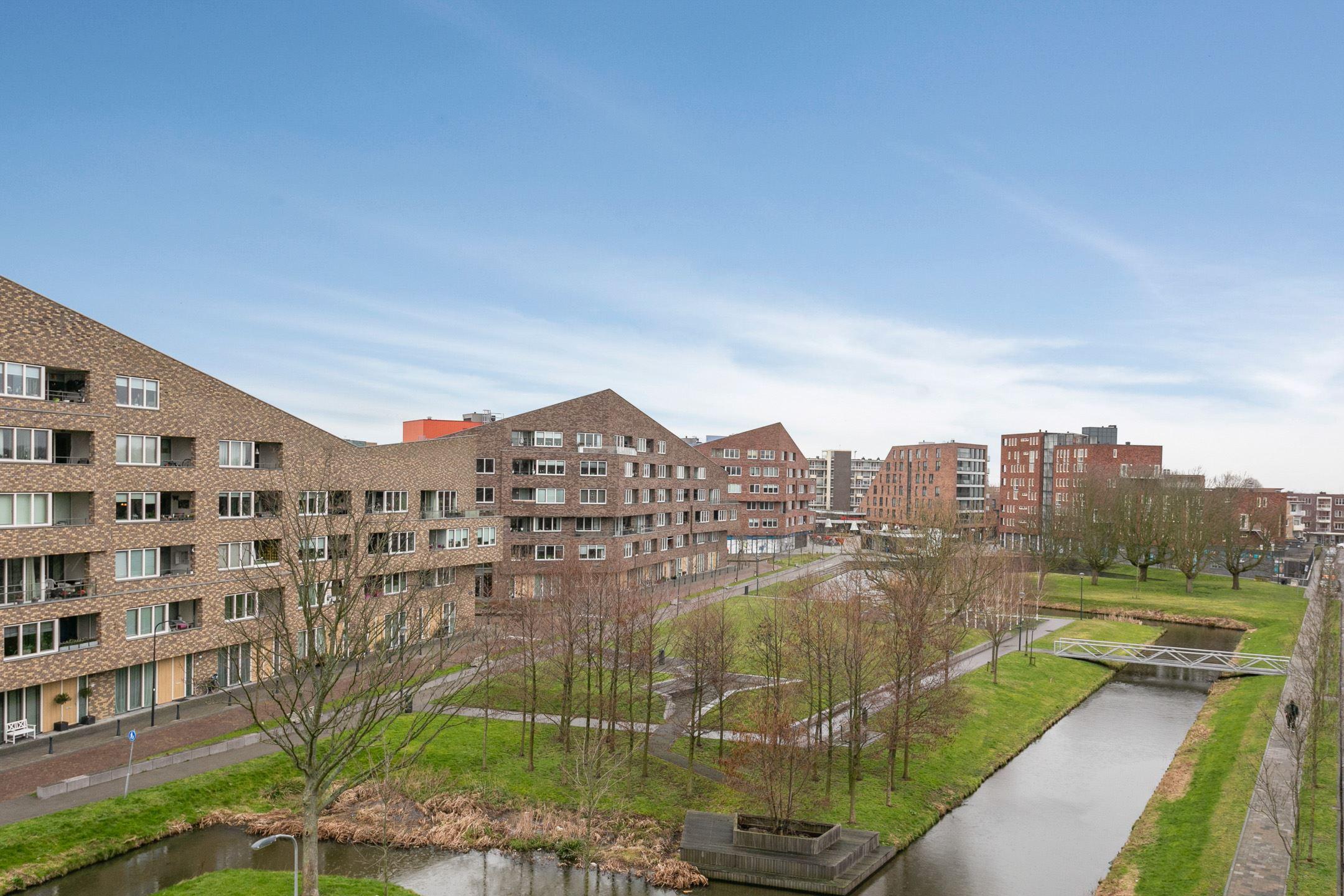 schrijversbuurt-delftwijk-haarlem-noord-p.c.-boutensstraat